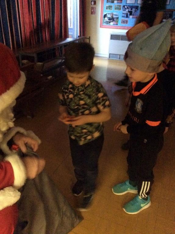 Reception at Christmas (40)
