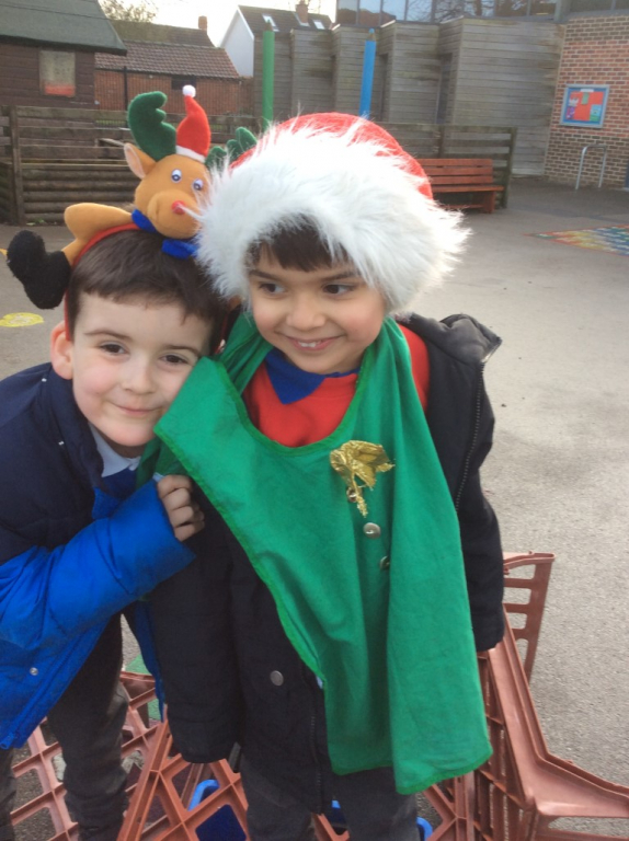 Reception at Christmas (7)