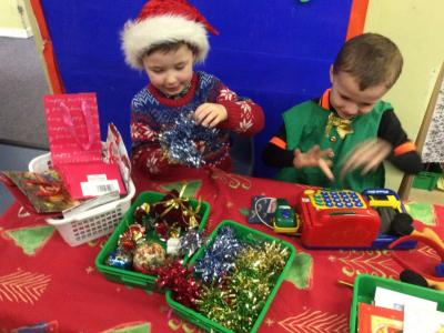 Reception at Christmas (15)