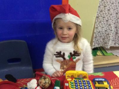 Reception at Christmas (25)