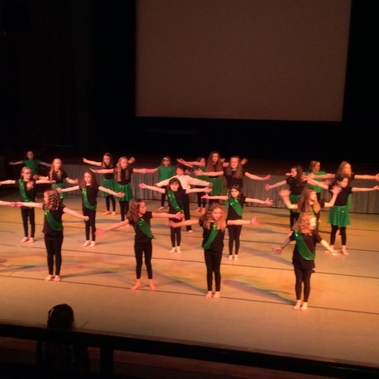 Dance Club (1)