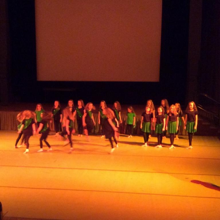 Dance Club (3)