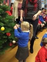 Decorating Christmas Tree (12).jpg