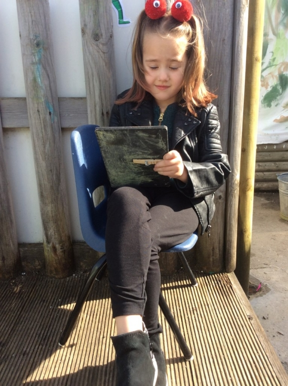 Outdoor Learning in Reception (24)