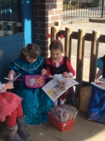 Outdoor Learning in Reception (2)