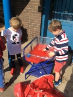 Outdoor Learning in Reception (28)