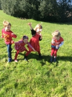 Outdoor Learning in Reception (5)