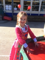 Outdoor Learning in Reception (7)