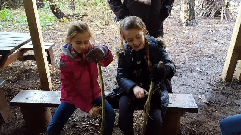 Y4 in the Woods (10).jpg