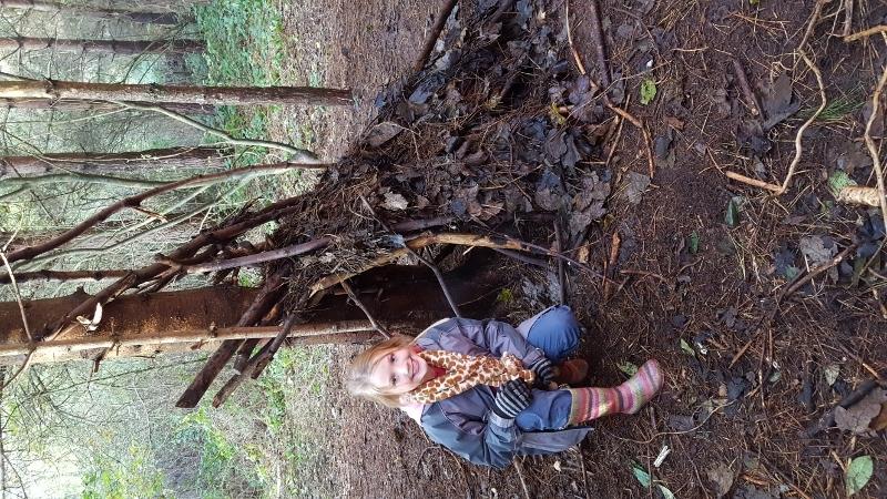 Y4 in the Woods (8).jpg